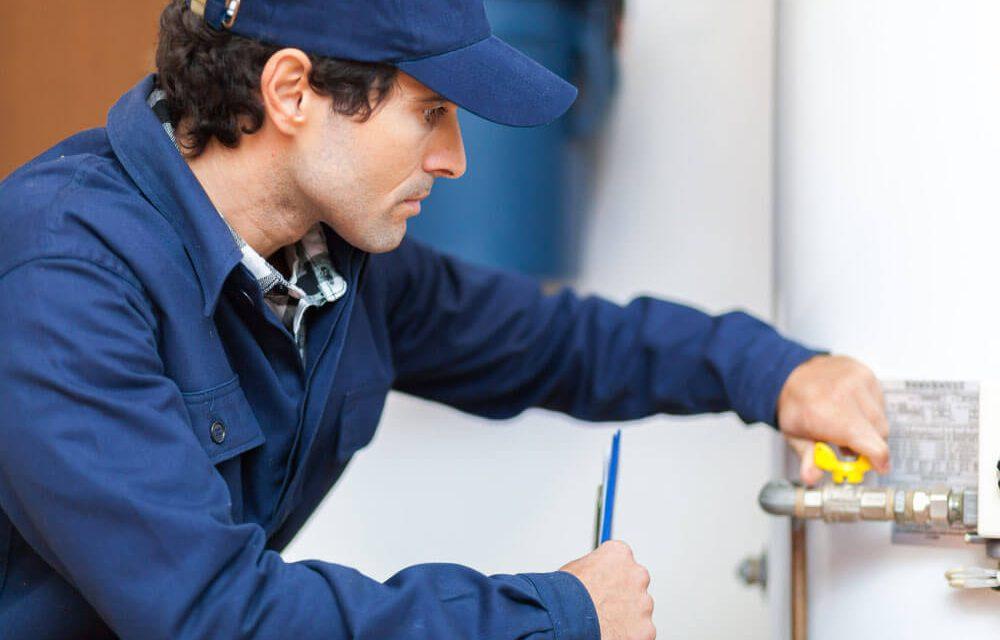 https://www.superiorplumbinganddrains.com/wp-content/uploads/2020/01/superior-plumbing-and-drains-plumber-five-water-heater-maintenance-tips-1000x640.jpg