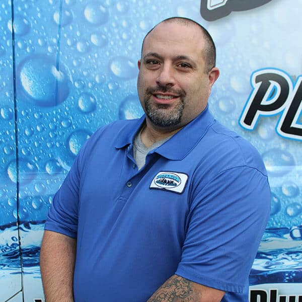 https://www.superiorplumbinganddrains.com/wp-content/uploads/2020/01/superior-plumbing-and-drains-plumber-mike.jpg