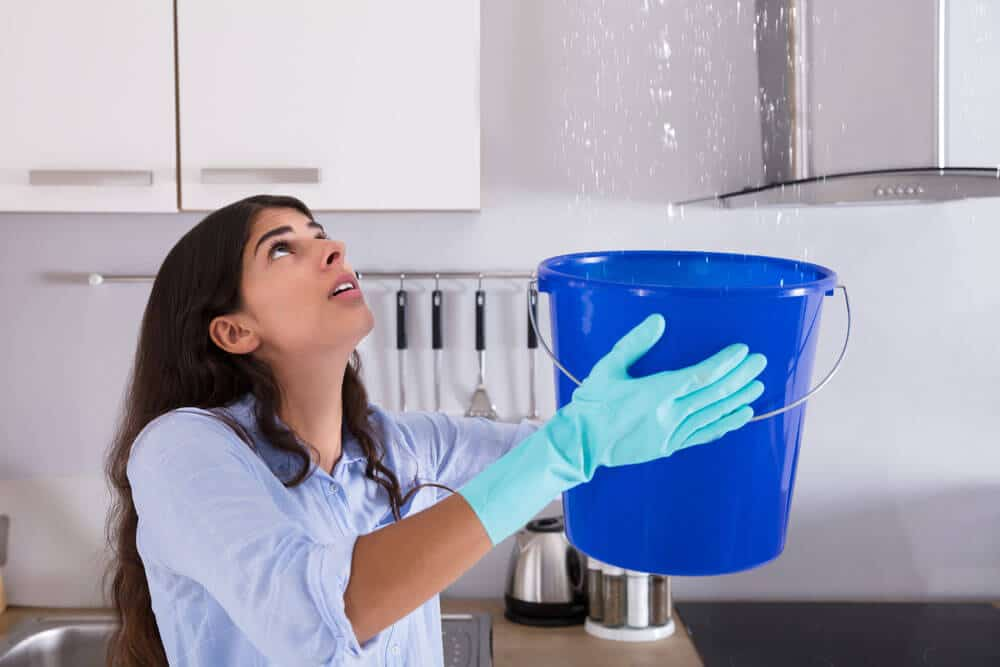 https://www.superiorplumbinganddrains.com/wp-content/uploads/2020/08/superior-plumbing-and-drains-plumber-charlotte-nc-7-signs-you-have-a-water-leak.jpg