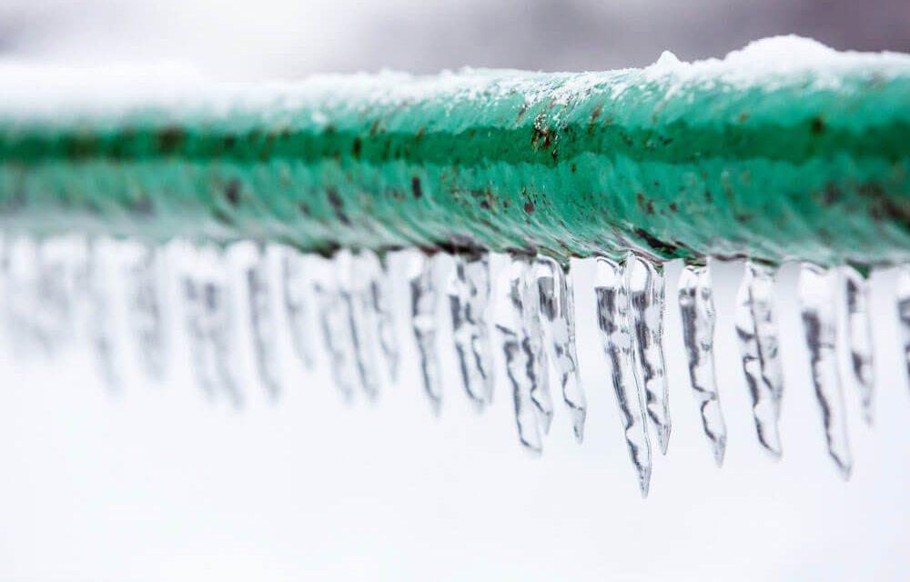 https://www.superiorplumbinganddrains.com/wp-content/uploads/2021/02/superior-plumbing-and-drains-charlotte-nc-plumber-avoiding-frozen-sewer-lines-1000x640.jpg