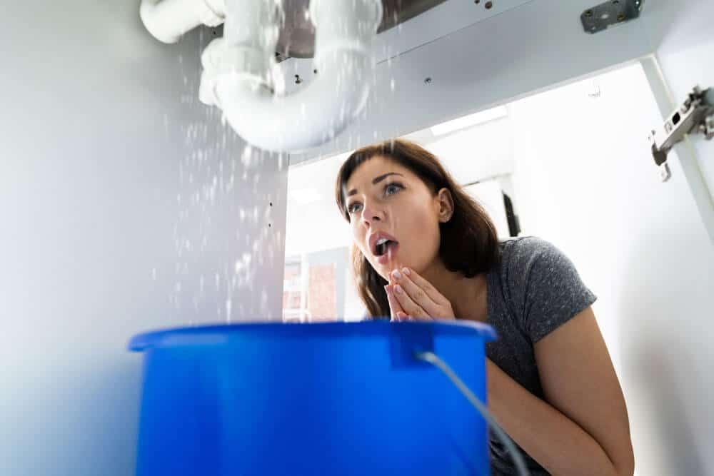 https://www.superiorplumbinganddrains.com/wp-content/uploads/2021/02/superior-plumbing-and-drains-charlotte-nc-plumber-what-classifies-as-plumbing-emergency.jpg