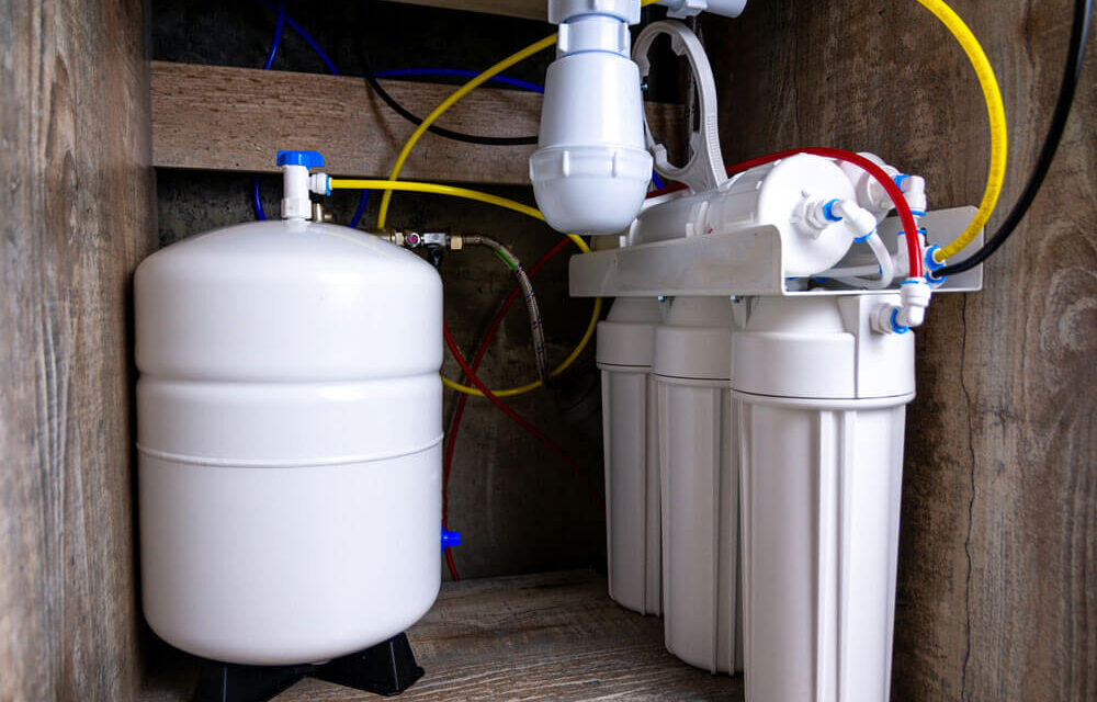 https://www.superiorplumbinganddrains.com/wp-content/uploads/2021/10/superior-plumbing-and-drains-top-5-reasons-you-should-get-a-water-filtration-system-1000x640.jpg